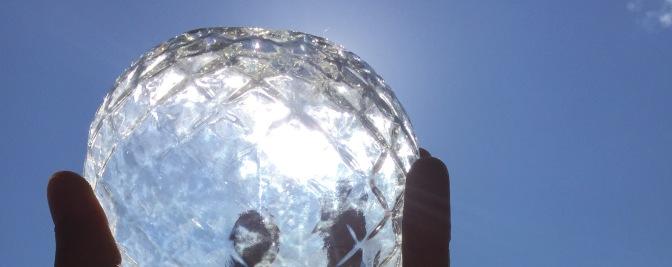 Et blikk i krystallkula